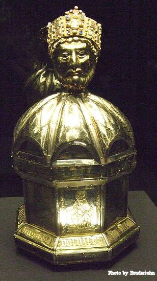 The reliquary of the head of St. Oswald.