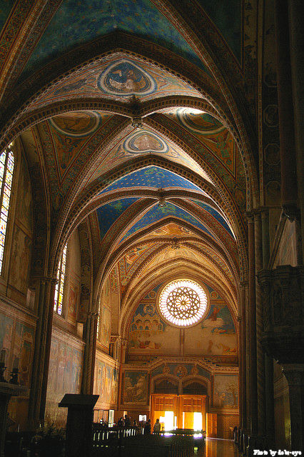 In 1228, Pope Gregorius IX canonized St. Francis of Assisi and ordered the construction of the Basilica di San Francesco in Assisi.