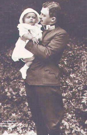 The Emperor with his son Otto