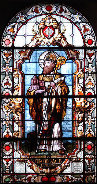 Stained glass window of St. Chrodegang of Metz, in the Sainte-Glossinde de Metz chapel.
