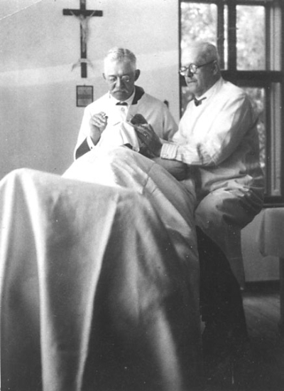 Blessed László performing an operation.