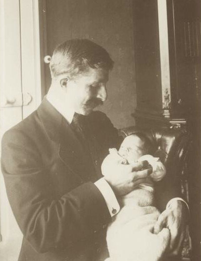 Anne with her father 1911.
